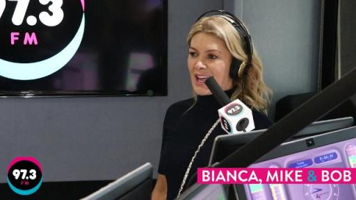 Natalie Bassingthwaighte performs Uke Can Do It
