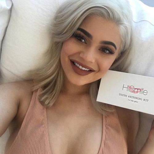 Does The Insta Famous HiSmile Teeth Whitening Actually Work?