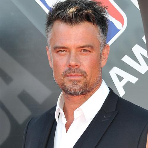 Josh Duhamel Savagely Announced His Split With Eiza Gonzales