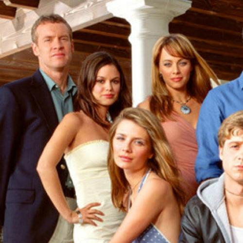 Former Oc Star Cast In New Season Of Grey's Anatomy