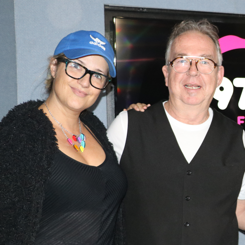 Samantha Jade Makes A Ukulele Christmas Carol Look Easy