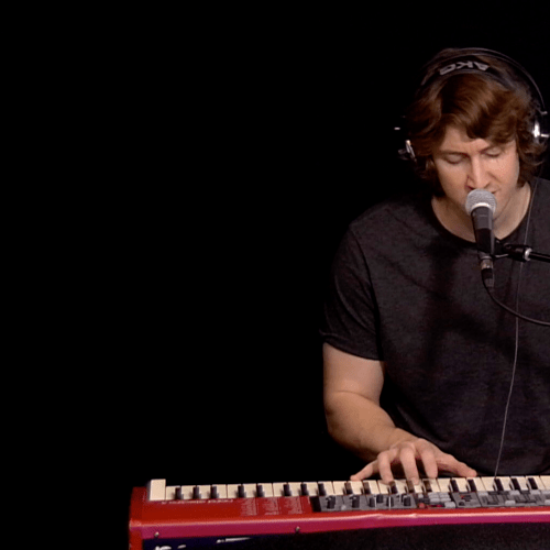Does Dean Lewis Have The Best Voice In Australia?
