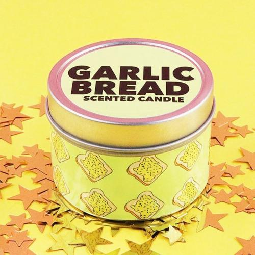 Are Garlic Bread Scented Candles The Scent Your Home Needs?