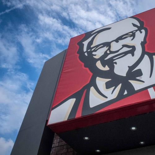 A Savvy KFC Customer Shares How He Managed To Score Free Chicken!