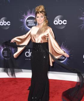 http://Shania%20Twain%20arrives%20at%20the%20American%20Music%20Awards%20on%20Sunday,%20Nov.%2024,%202019,%20at%20the%20Microsoft%20Theater%20in%20Los%20Angeles.%20(Photo%20by%20Jordan%20Strauss/Invision/AP)