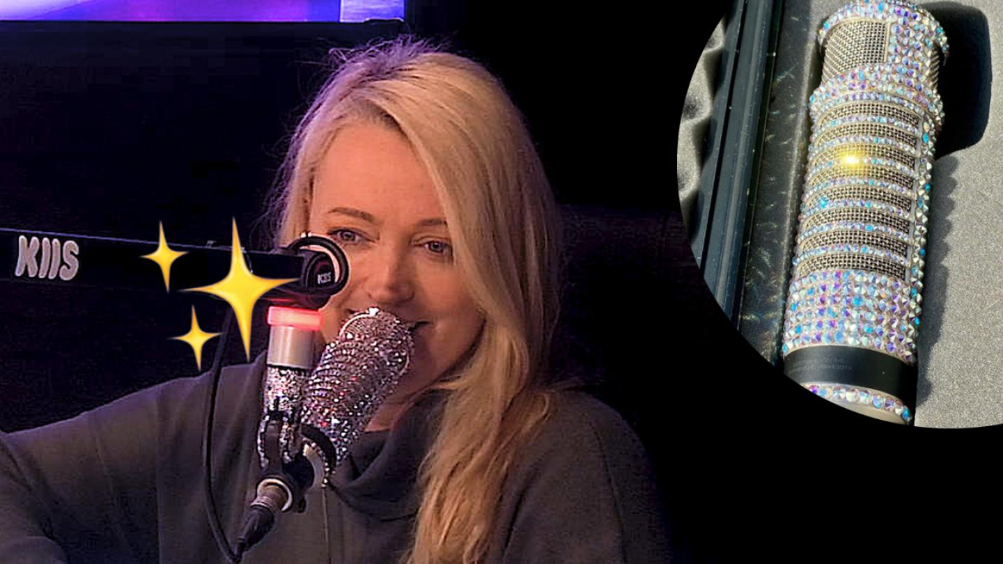 Jackie O's bedazzled new microphone ✨😍