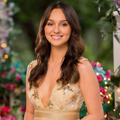 Bachie Girl, Bella Varelis Responds To Rumours She's An 'Actress'
