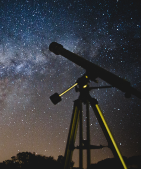 You'll Be Able To See Planets 'Kiss' This Week In A Once-In-20-Year Event