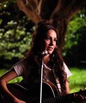 Amy Shark's New Collaboration With Keith Urban & Robin's Inappropriate Chat With the Star!