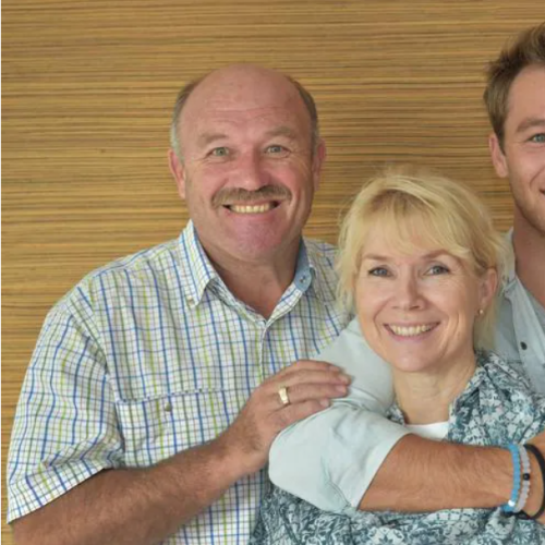 Lincoln Lewis Opens Up About His Parents Divorce
