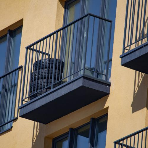 What Would You Do If You Found This On Your Balcony?