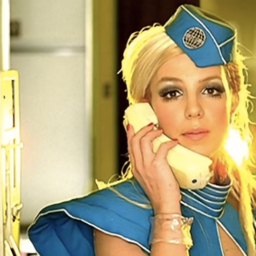 Britney Spears Revealed SheSmuggled A Phone In Her Sauna To Try Get Her Own Lawyer